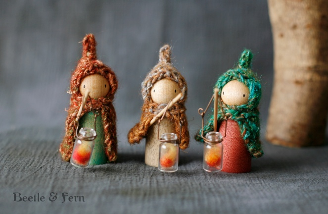lanternpegs